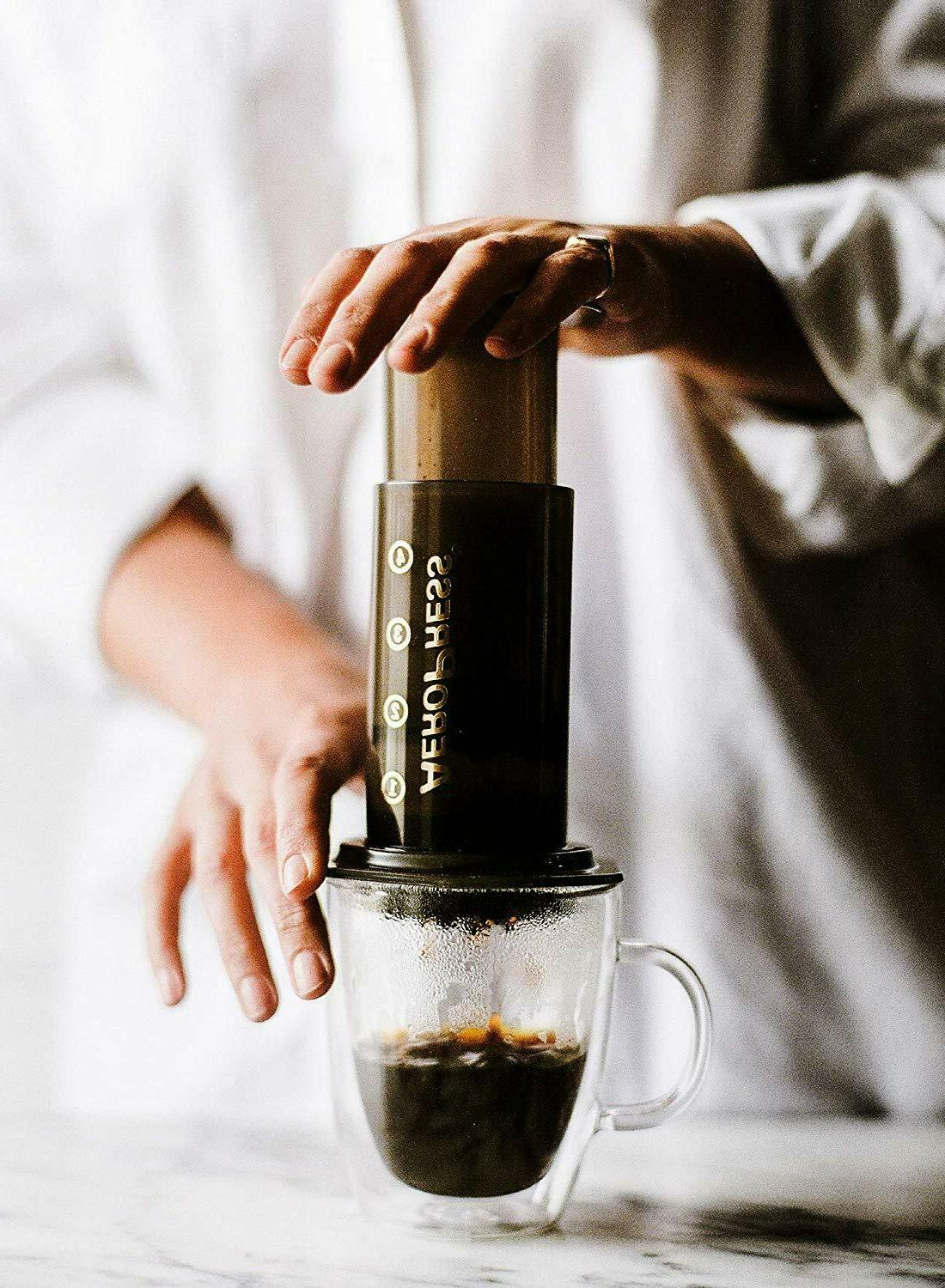 AeroPress Maker - Makes Delicious to Cups